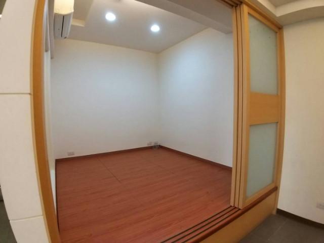 德興A8 1+1房車,桃園市龜山區文興路