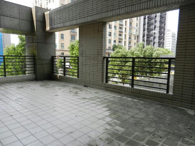 展悅中央公園露台公園景觀戶,新北市林口區文化三路一段