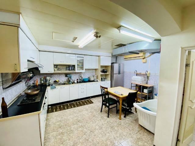 A8興華稀有一樓公園宅,桃園市龜山區興華三街