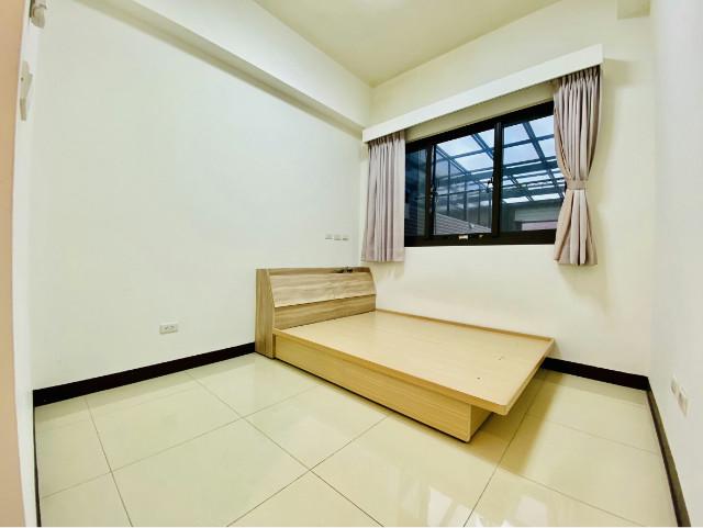 久鈺富寓稀有一樓庭院戶,桃園市龜山區文七五街
